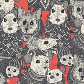 sweater mice coral small