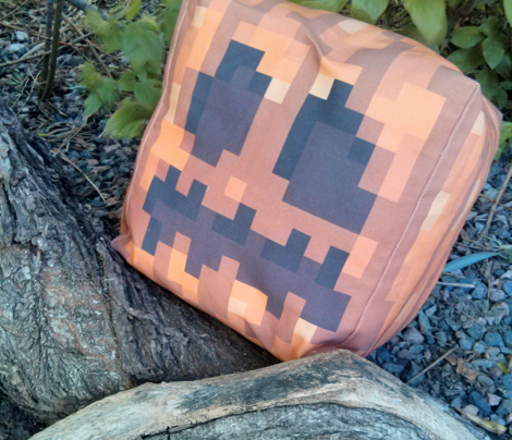 Minecraft Pumpkin Cut-And-Sew (for Twill)