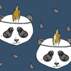 panda blue by elvelyckan