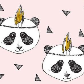panda pink by elvelyckan