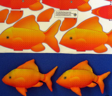 FINGER_POCKET_FISH_1_Gold_Cut_n_Sew
