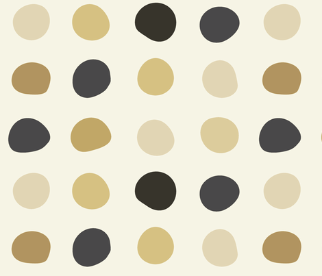 Large dots -Camel black and white