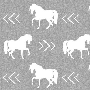 horse light grey linen