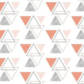 geo triangles // peach