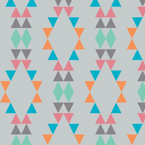 Quiver_Full_of_Arrows_Triangles_Green_Dark_Gray_Pink_Turquiose_Blue_Orange