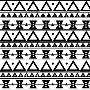 Tribal in Black and White - Triangles