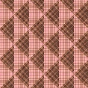 Plaid Triangles 02