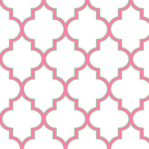 Pink and Lawn Outline Quatrefoil