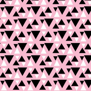 kolmiot / Triangle Pink
