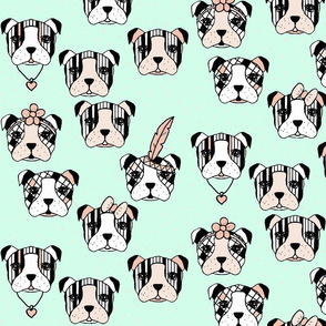 ( Big ) Dogs and dots accessorized mint