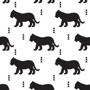 b&w // lion cub