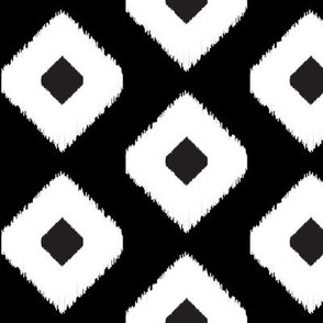 Ikat Diamonds // Black and White