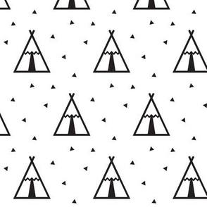 b&w teepee // small scale