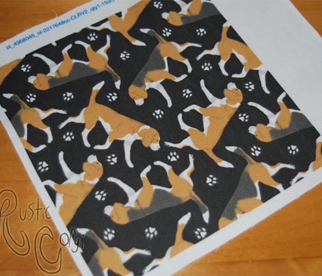 Trotting Beagles and paw prints - black