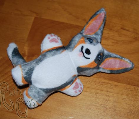 Kawaii Corgi mini plushie - merle