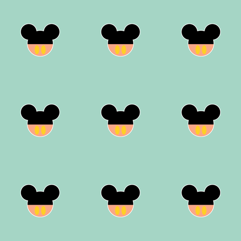 mickey_with_peach_pants_on_mint