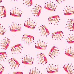 cestlaviv_tiara_toss_pinkkorag