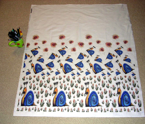 tossed snails and weeds border print