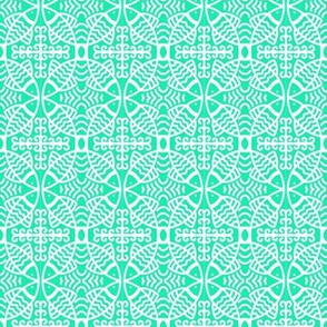 Fish Lace Circles Pale Green White