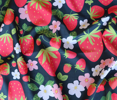Basic repeat: Strawberry Patch - Large