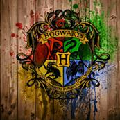 Hogwarts-Emblem-Wood-Harry-Potter