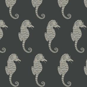 Seahorse XL grey on dark slate- 2015