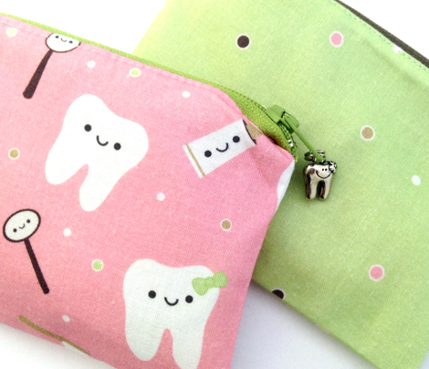 Happy Teeth & Friends - Light Piink