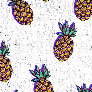 bananarama_pineapple_purple