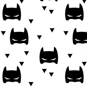 Bat mask tri white
