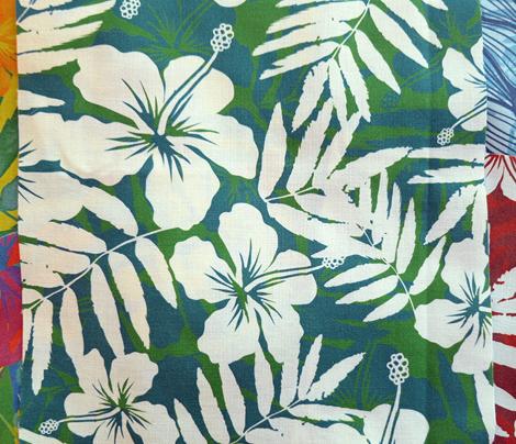 Green tropic flowers