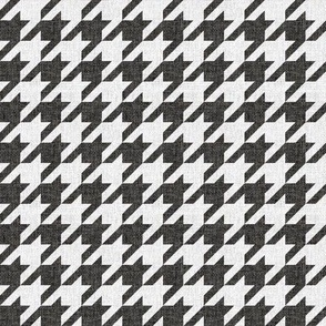Small Houndstooth in Black Linen