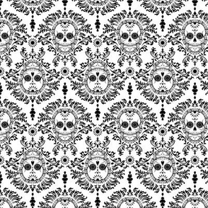 Dead Damask Medium Black White