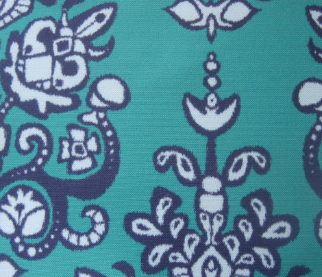 Chandraki damask ikat