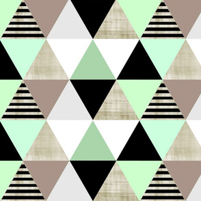 Gray Sketch Mint Triangle Quilt