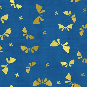 La danse du Papillon d'or fond bleu nuit