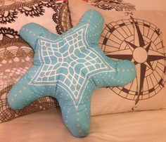 Rstarfish_pillow_comment_706657_thumb