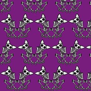 Sphynxiebonez Grooming in Purple