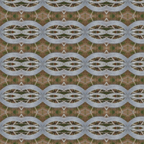 Linked in Metallic Loops   (Ref. 4317)