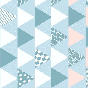 Baby_Cheater_quilt_blue_white