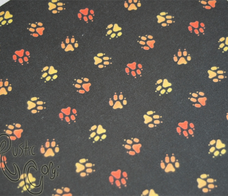 Trotting paw prints - fiery