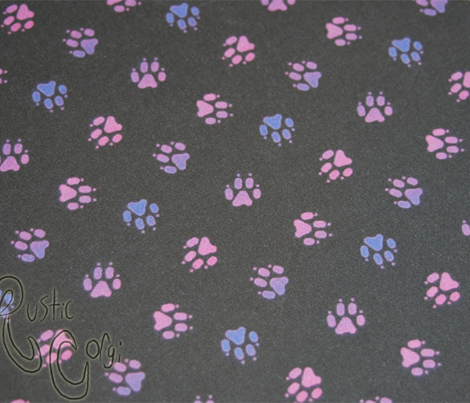 Trotting paw prints - magenta