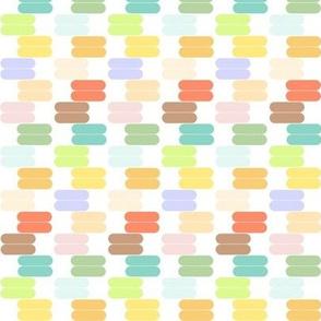 Mini Macarons in Rainbow