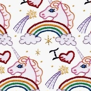 I_love_unicorns_and_rainbows in wool