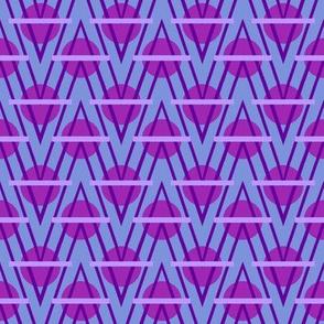 Wavy Peaks in Violet