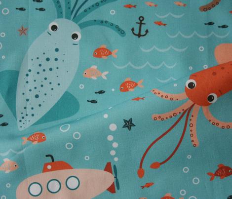squid & submarine