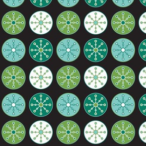 Snowflake Circles (Daffy)