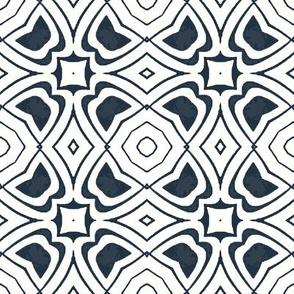 Circular Geometric in Mottled Blue and White