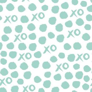xoxo // mint