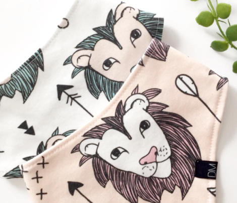 Cool scandinavian style lion and arrows safari animals kids illustration geometric pattern in beige and mint