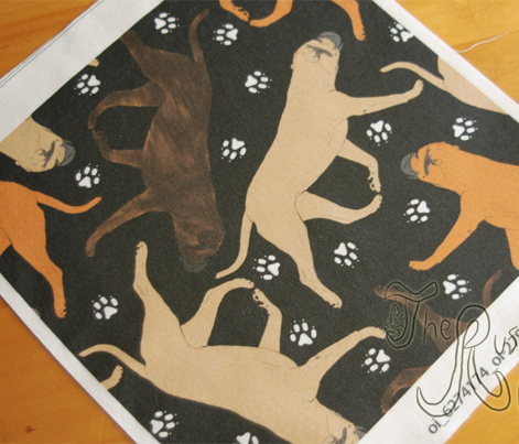 Trotting Bullmastiffs and paw prints - black